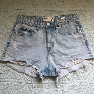 garage HW light denim shorts